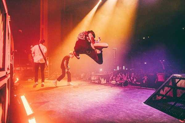 Neck Deep getting serious air - FACEBOOK
