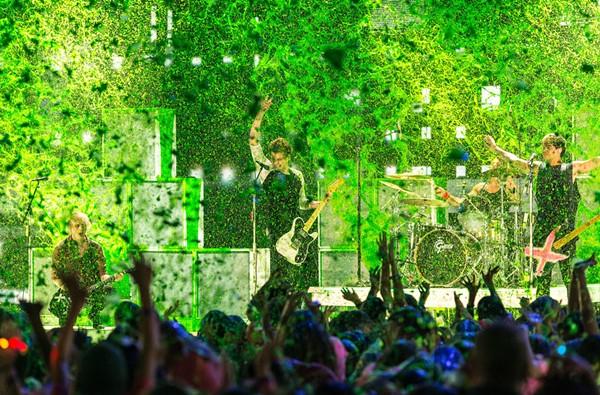 5 Seconds of Summer at the Kids Choice Awards - COURTESY OF POPSUGAR.COM