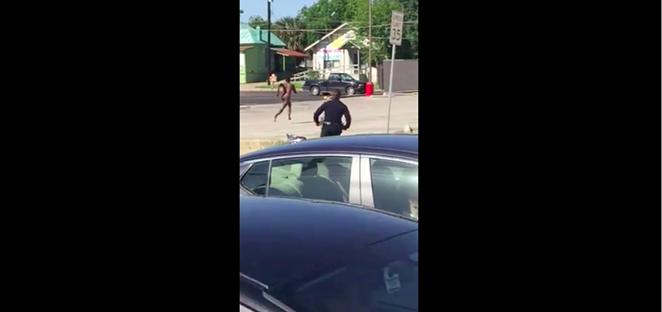 A naked man runs from police near San Pedro Avenue. - SCREENSHOT/VID.ME USER MIRAI182