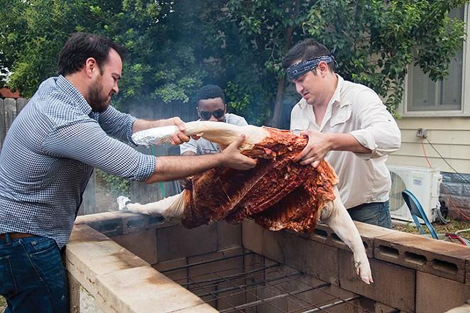 pig-roast-5-_-ismael-rodriguez..jpg