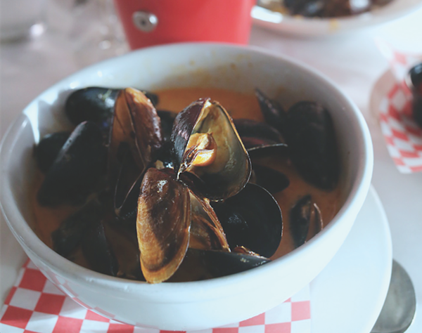 Mussels from La Frite - PHOTO BY ROB CARR