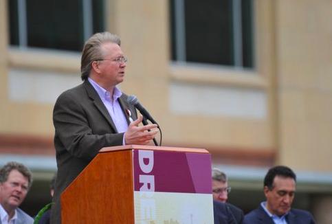 Graham Weston speaks during a San Antonio event several years ago. - FACEBOOK / JULIÁN CASTRO