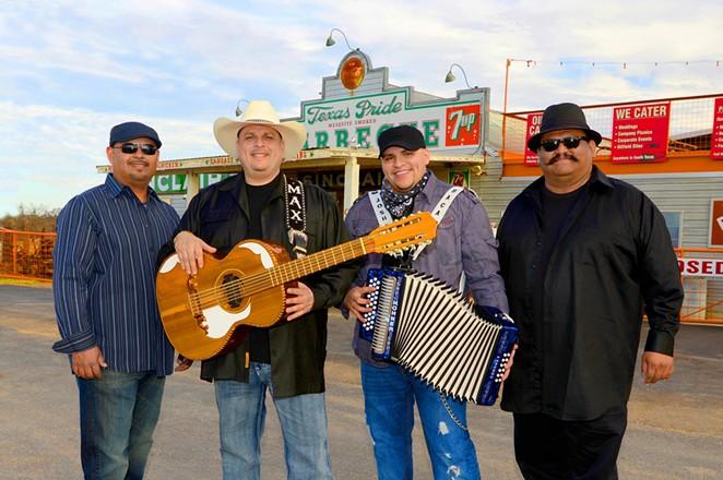Los Texmaniacs - COURTESY OF LOS TEXMANIACS