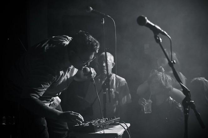 Alyson Alonzo performing. - PHOTO CREDIT: JADE HERNANDEZ