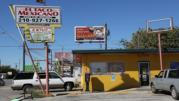 Taco Mexicano, 3603 S.W. Military Drive, is home to one of the best tacos in San Antonio — pork in salsa verde. - BEN OLIVO