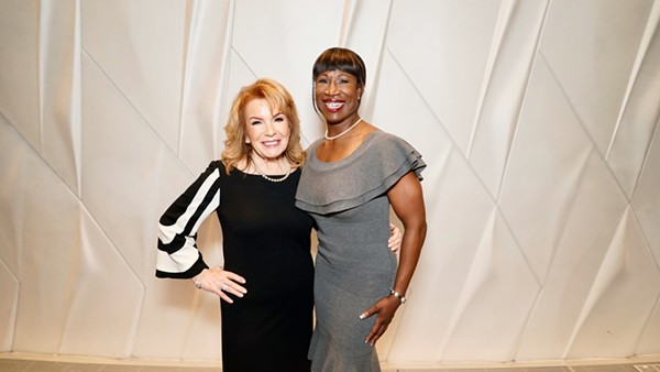 VIKKI CARR AND TEXAS MEDAL OF ARTS AWARDS 2017 HONOREE LAUREN ANDERSON PHOTOGRAPHED BY MIGUEL ANGEL