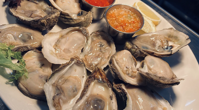 New San Antonio eatery Glass and Plate debuts daily happy hour menu featuring oysters and frozen cocktails. - PHOTO COURTESY GLASS AND PLATE