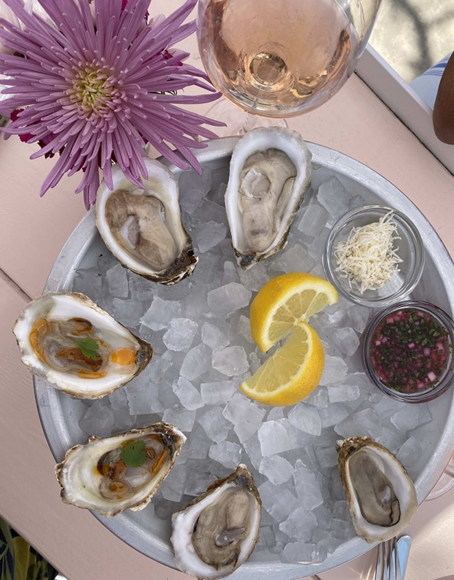 Southtown joint Little Em's serves up oysters — and more. - RON BECHTOL
