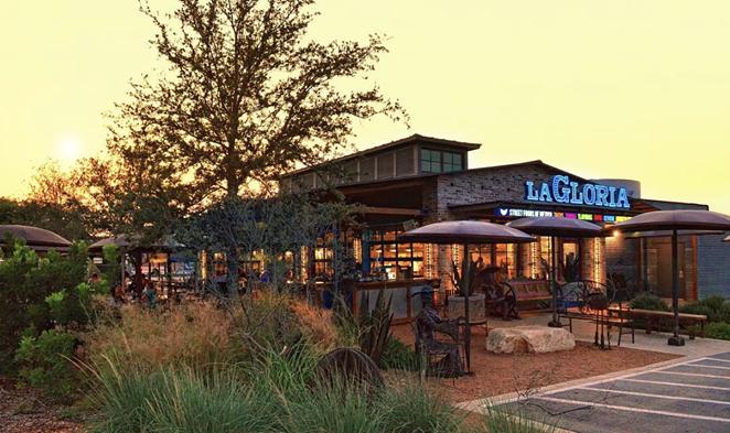 San Antonio chef Johnny Hernandez will expand La Gloria and Burgerteca arena concepts. - INSTAGRAM / LAGLORIAPEARL