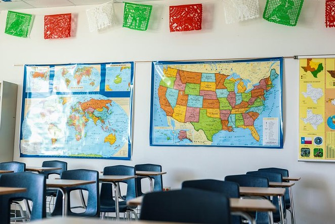 Just weeks into the school year, dozens of Texas school districts have had to close due to COVID-19 cases. - TEXAS TRIBUNE / JORDAN VONDERHAAR