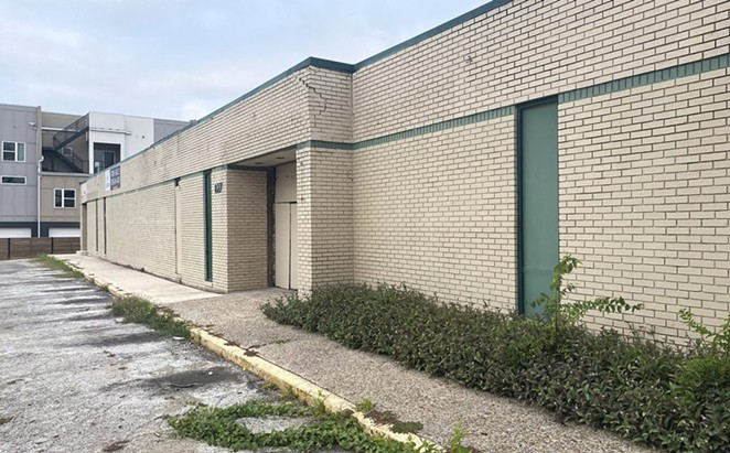 The former site of the Alternative Clubs Inc., or ACI, men's bathhouse is located on the 800 block of East Elmira. - BEN OLIVO / SAN ANTONIO HERON