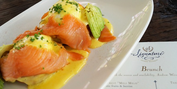 poached_eggs_salmon.jpg