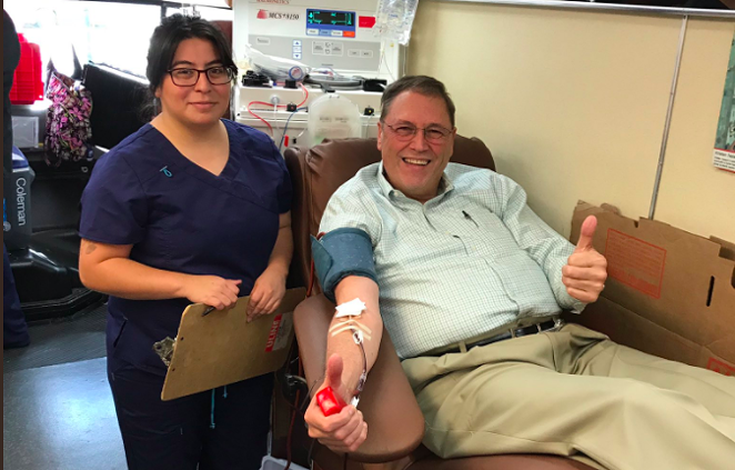 District 9 Councilman John Courage giving blood to victims of Sutherland Springs on Monday, Nov. 7. - TWITTER / @VOTEMANNY