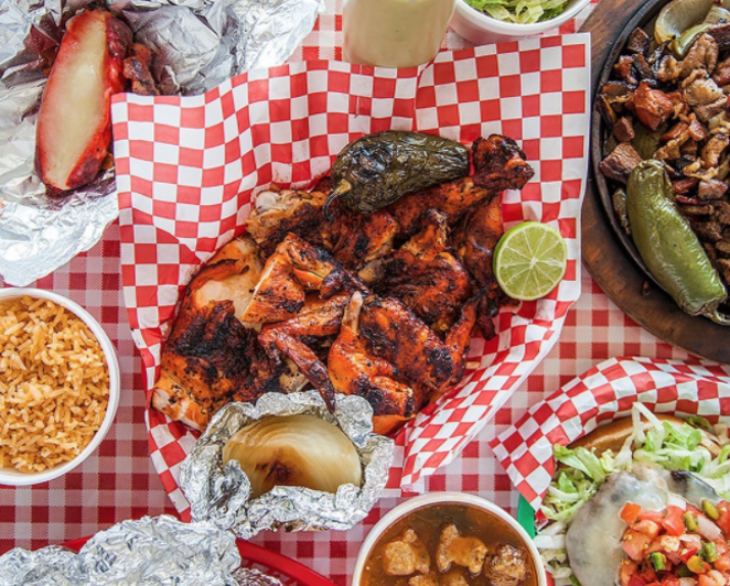 Pollos Asados Los Norteños - PHOTO VIA INSTAGRAM, JENNROLLINS