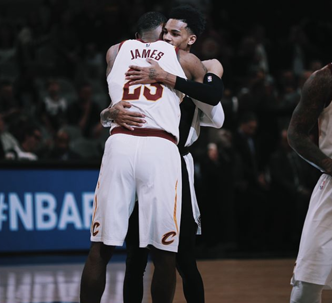 LeBron James embraces Dejounte Murray - SPURS / INSTAGRAM