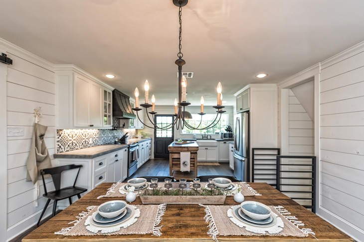"These $1 Million Homes Featured on ""Fixer Upper"" Are Seriously House Goals"