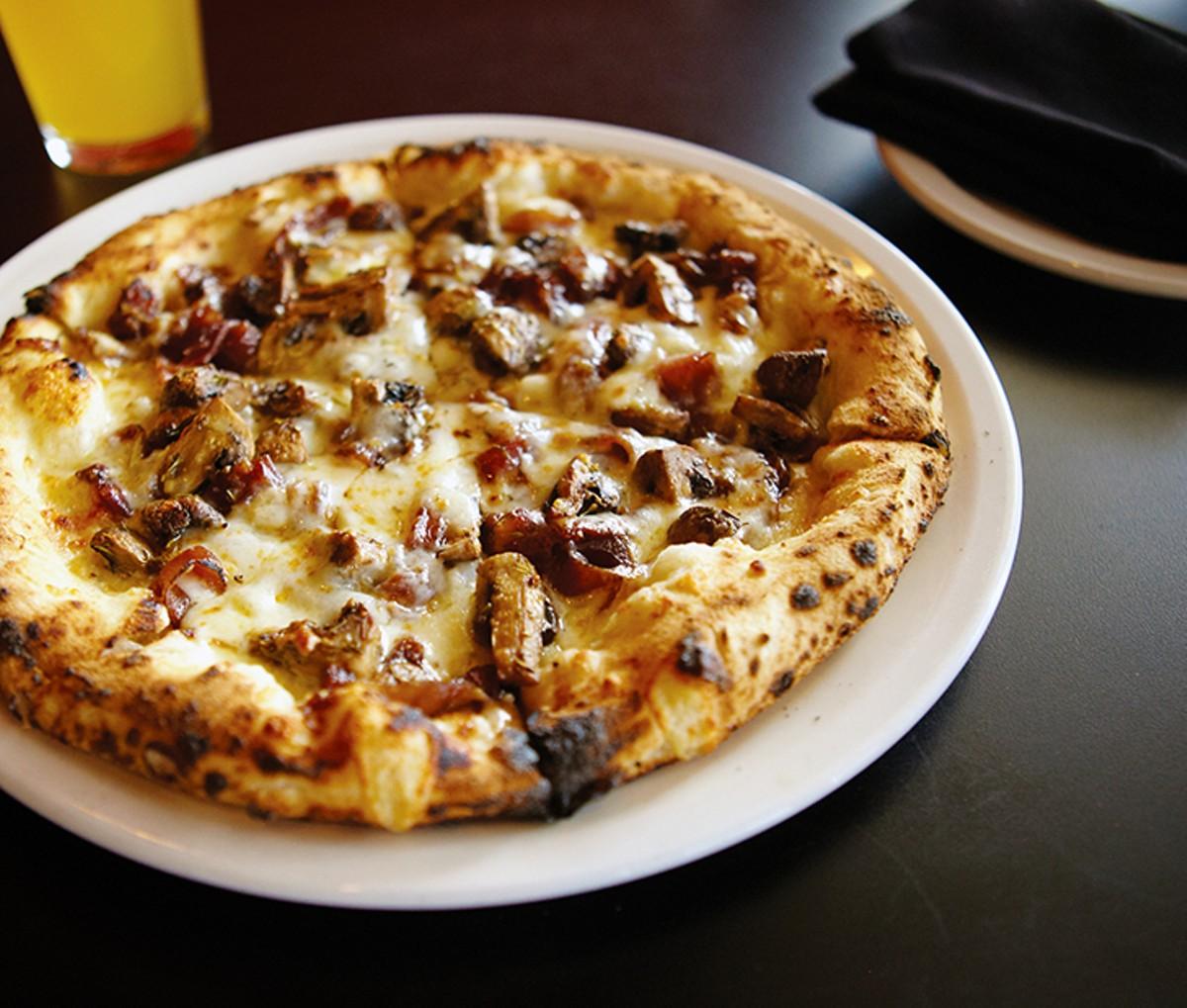 dough_pizzaria.jpg