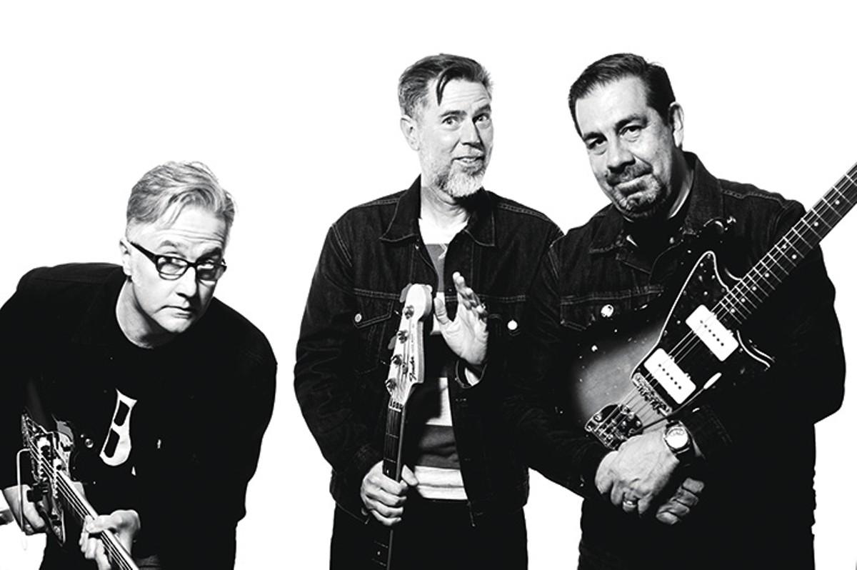 Darren Kuper, Lloyd Walsh, Ernie Hernandez and the singer (not pictured)