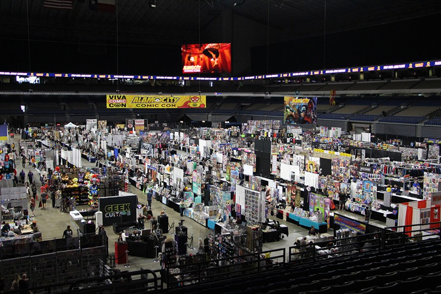 Vendors prepping for ACCC 2018 at the Alamodome - KELLY MERKA NELSON