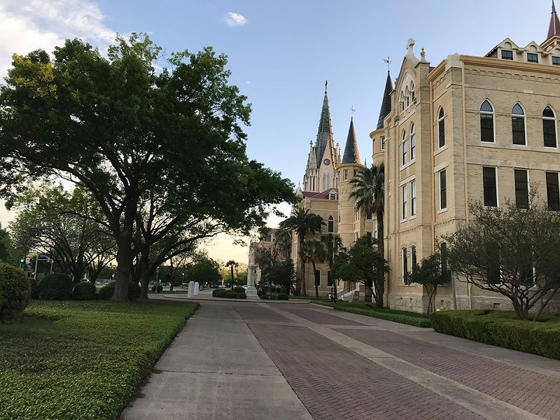 FACEBOOK / OLLU - OUR LADY OF THE LAKE UNIVERSITY