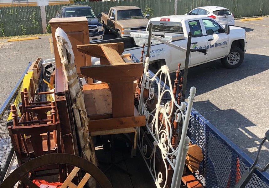 A Habitat for Humanity truck hauls away furniture and building supplies salvaged by Junk King San Anotnio. - INSTAGRAM / JUNK_KING_SAN_ANTONIO