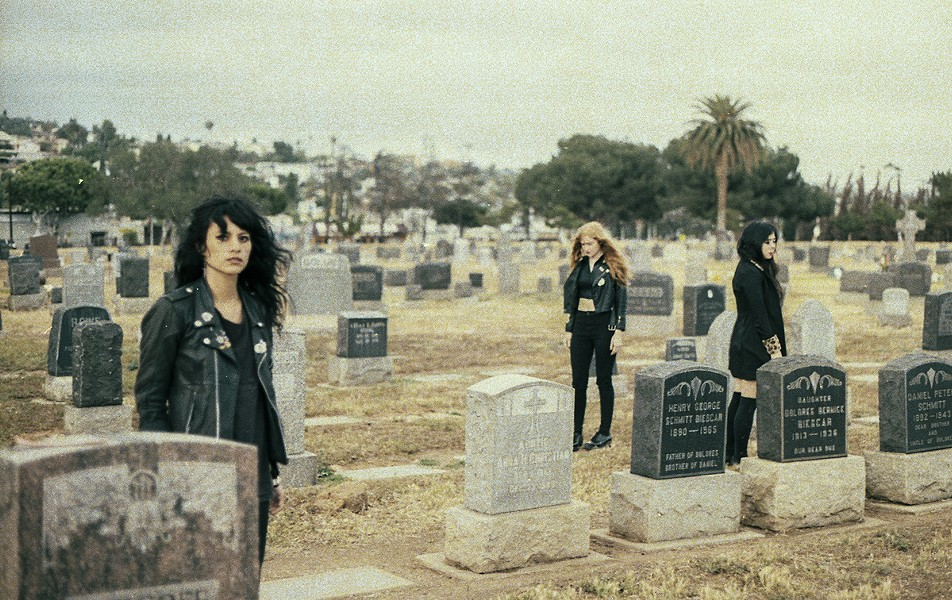 LA Witch doing Witch-like things - VIA BANDCAMP