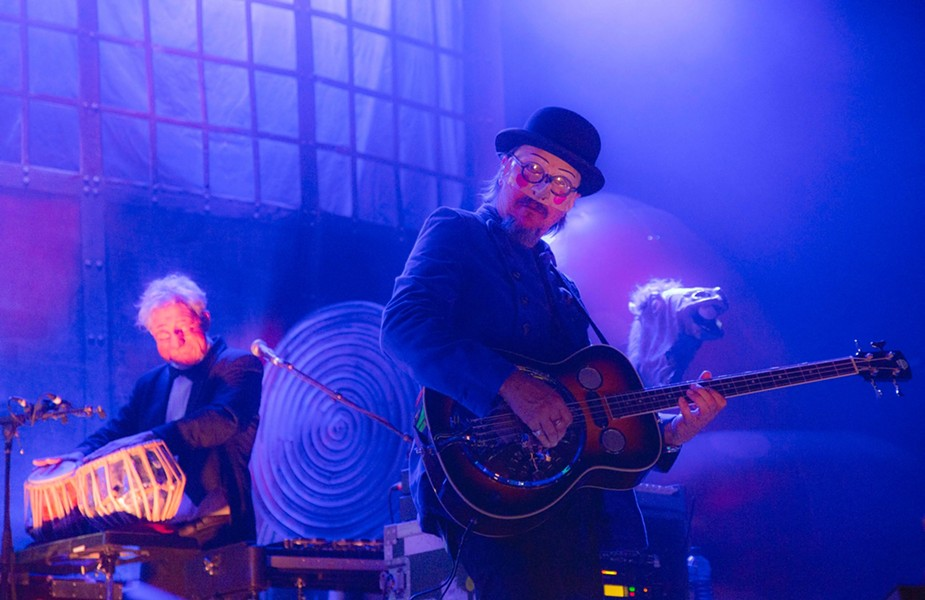 Blow your brind (brain-mind) with two of the trippiest American rock outfits of the last two decades (Primus pictured) - VIA FACEBOOK