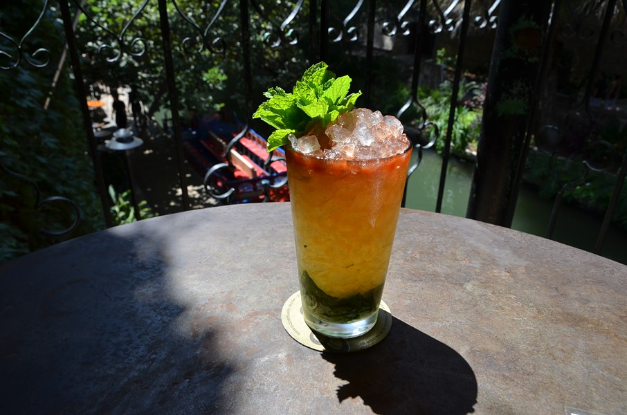 QUEEN'S PARK SWIZZLE AT THE ESQUIRE TAVERN