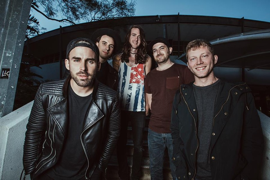 HTTPS://WWW.FACEBOOK.COM/MAYDAYPARADE/