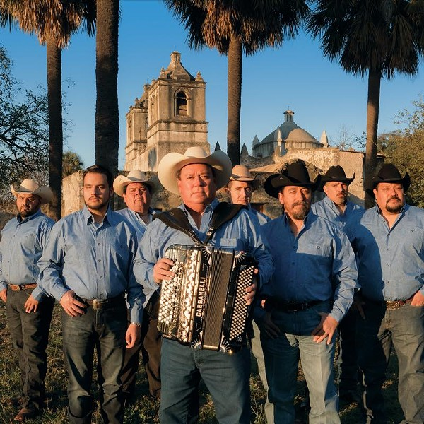 FACEBOOK, DAVID LEE GARZA Y LOS MUSICALES