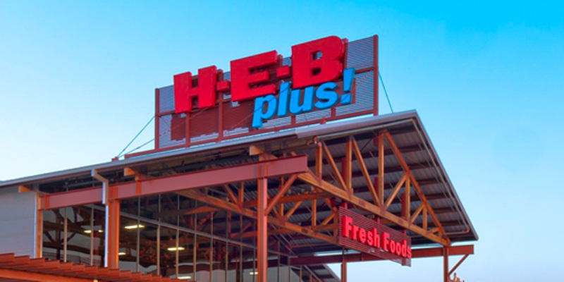 "With Texas' state mandate lifted, H-E-B will now continue to ""expect"" customers to wear face masks while shopping."