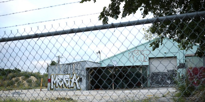 This property behind Lonesome Rose was recently purchased by Houston developer Urban Genesis.