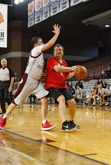 Ted Cruz Somehow Beat Jimmy Kimmel in a Basketball Game