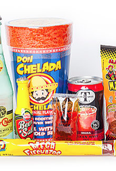 "Tex-Pats Can Get Their Fill of ""Hoodrat Snacks"" with Puro Subscription Box"