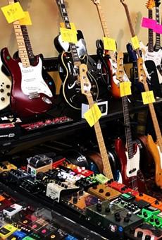 Alamo City Guitar Bazaar Blasts Through El Tropicano Riverwalk