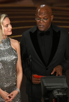 Actor Samuel L. Jackson Lets Millions of Oscar Viewers Know That the Spurs Lost to the Knicks Last Night