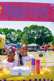 Lemonade Day at Raising Cane's Supports Young Entrepreneurs