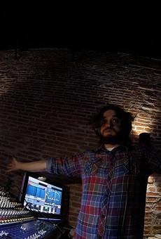 Deric Wynne on the soundboard at 502