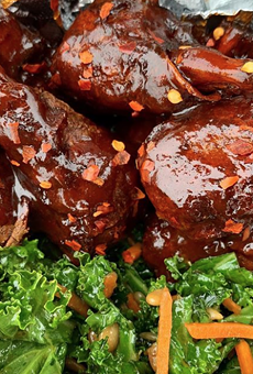 San Antonio Vegans Can Enter Earth Burger's Wing-eating Contest, Win $1,000 in Gift Cards