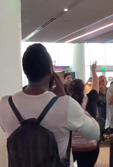 Ted Cruz Is Heckled and Booed as He Waits in a California Airport