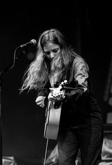 Stellar English Singer-Songwriter Jade Bird Flies Into the Paper Tiger on Monday