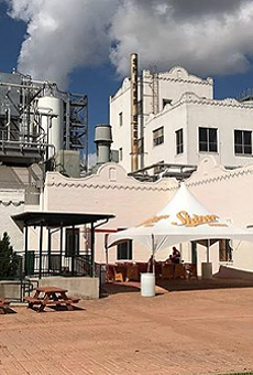 Shiner Brewery Claps Back at Corporate Beer Brand That Bought Billboards in Its Hometown (2)