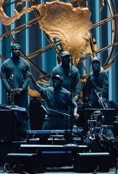 Kanye West and Choir