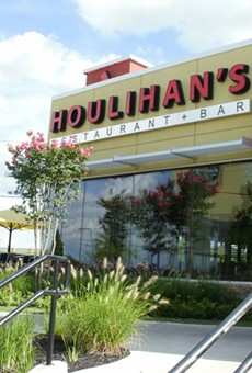 Houlihan's Live Oak Location Closed as Part of Bankruptcy Proceedings
