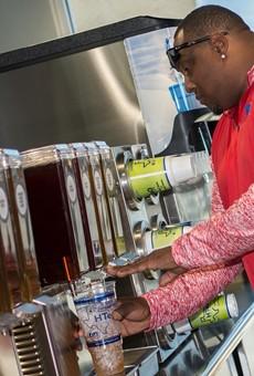 Texas-Based Chain Offering 500 Tea Options Makes San Antonio Debut