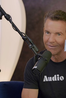 Dennis Quaid Talks About His New Podcast, The Dennissance, and Filmmaking in Texas