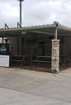 Family-friendly burger spot taking over former Big Lou's Burgers location in East San Antonio