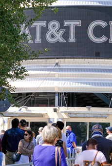 Voters flock to the AT&T Center on November 3.
