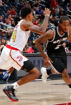 NBA All-Star Kawhi Leonard on the attack.