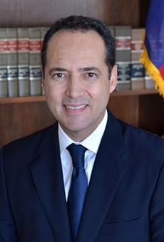 Senator José Menéndez